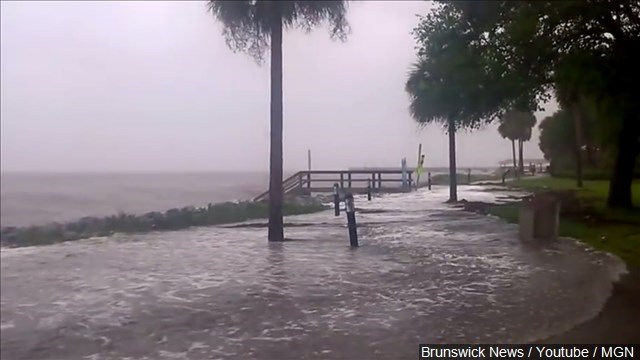 North Carolina flooding 2016: Hurricane Matthew has tempered, but storm isn't over