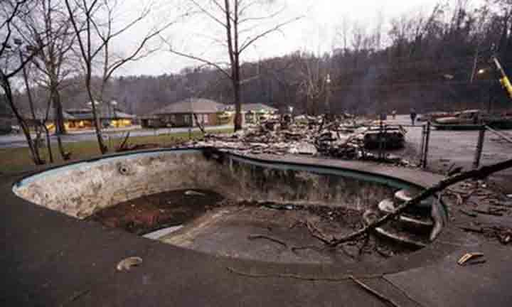 Death toll of Gatlinburg fires increases to 11, officials say