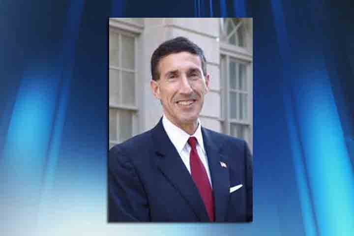 Woman charged with chasing US Rep. David Kustoff