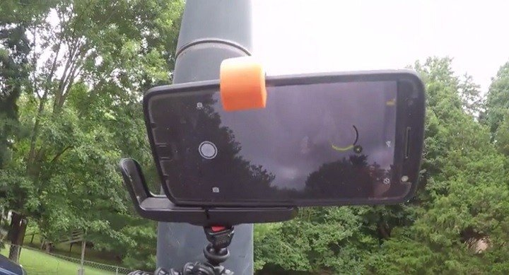 How to safely take pictures of the solar eclipse