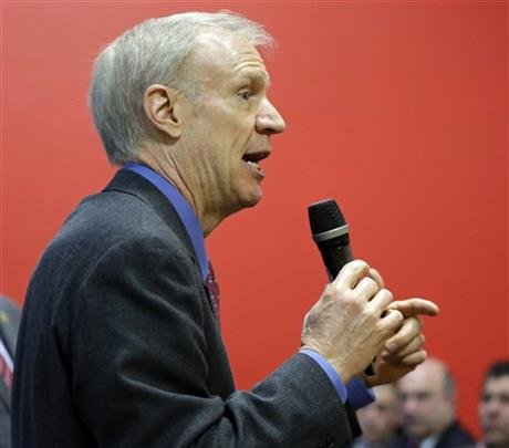 In this March 20, 2015, file photo, Illinois Republican Gov. Bruce Rauner speaks at an event in Chicago. (AP photo)