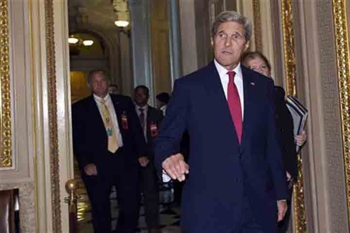 Secretary of State John Kerry arrives for a meeting on Capitol Hill in Washington, Wednesday, Sept. 9, 2015, on the escalating migrant crisis. (AP photo)