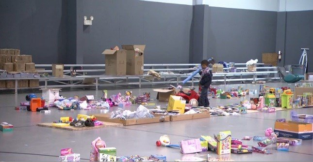 The American Red Cross and other volunteers came together to make sure people impacted by tornadoes had a merry Christmas.